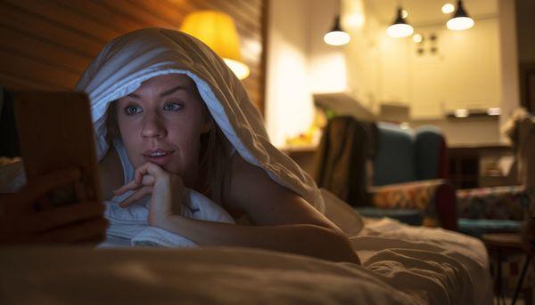 Was Netflix und Binge Watching mit unserem Schlaf machen