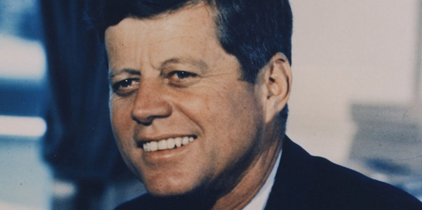Porträtfoto John F. Kennedy im Oval Office