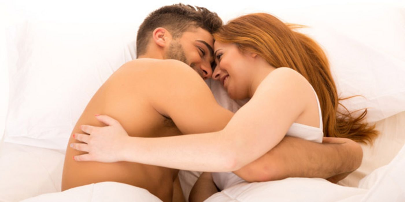 Mit Junges Sex Bett Paar Verliebtes Teenager