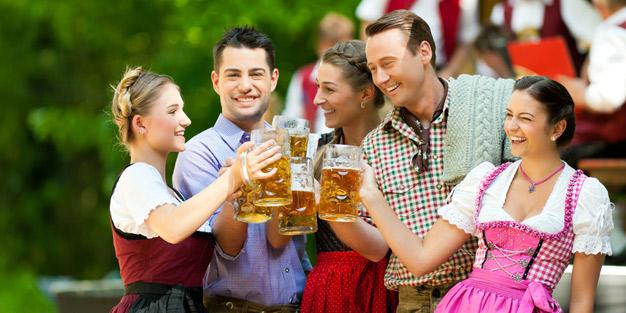 Warum Alkohol abhängig macht | aponet.de